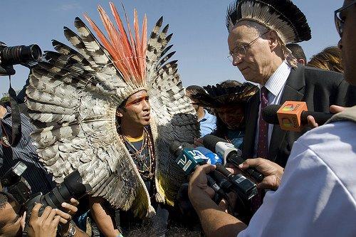 Índios tratados com desleixo no Brasil