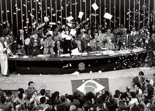 Promulgação da Constituição de 1988